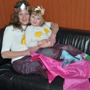 vnb-mother-and-child-fancy-dress